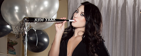Stefanie Knight – New Year's Eve