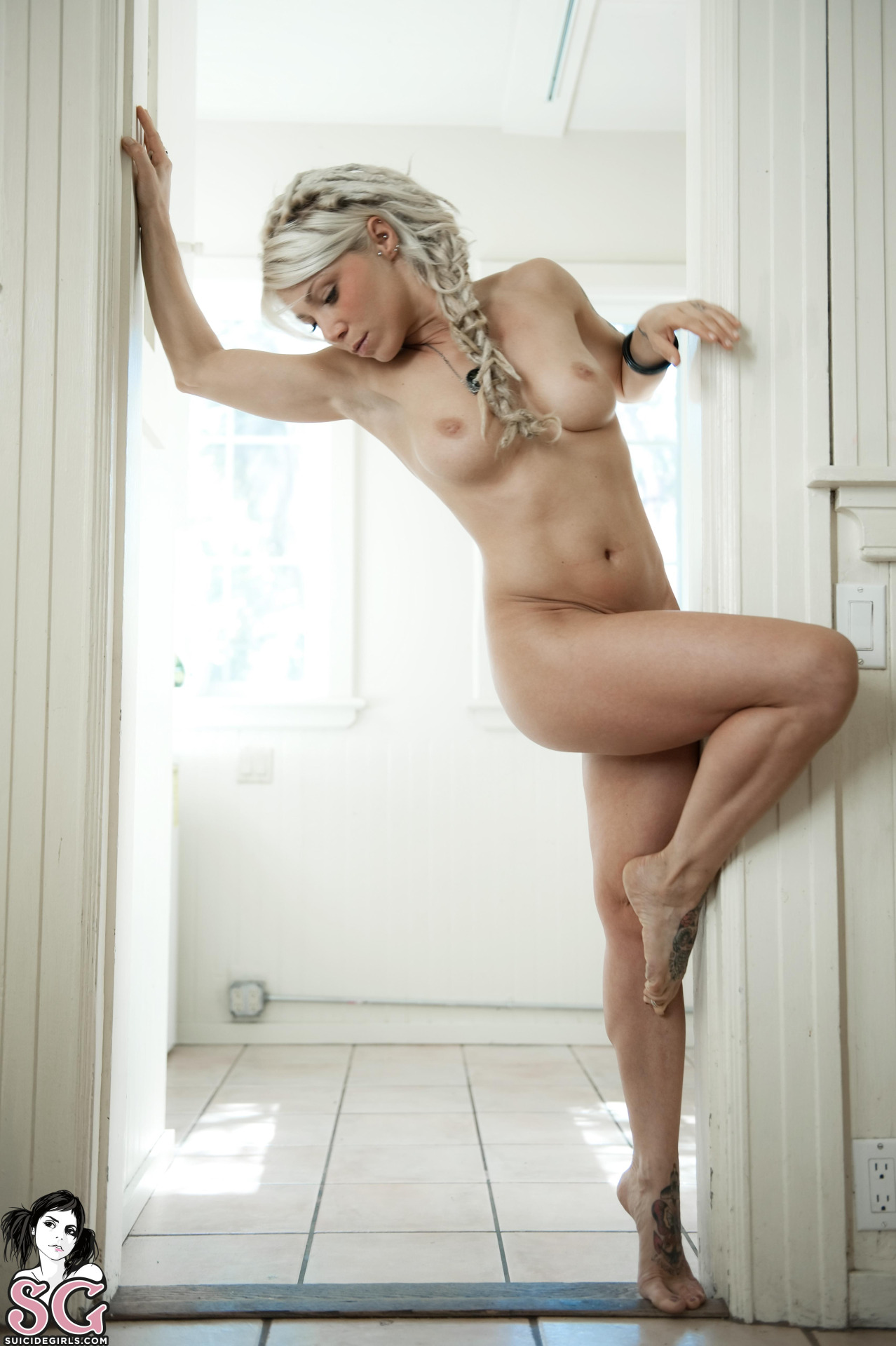 suicide-girls-naked-tattoos-nude-mix-vol9-75