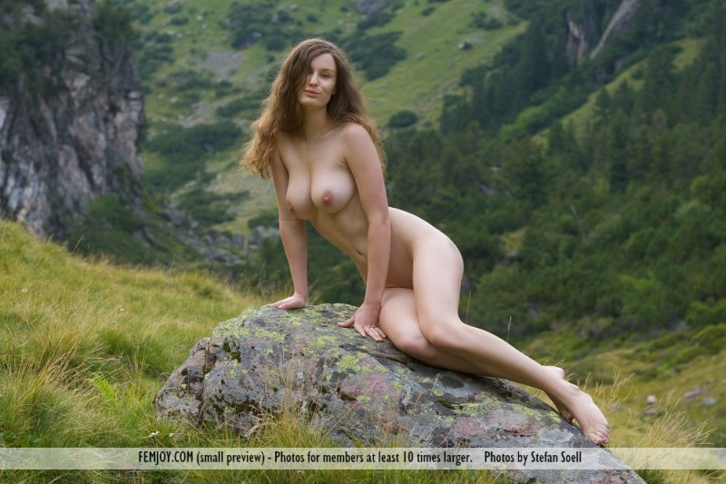 Have hit nude women on the mountain with