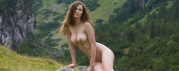 Susann naked in the mountains