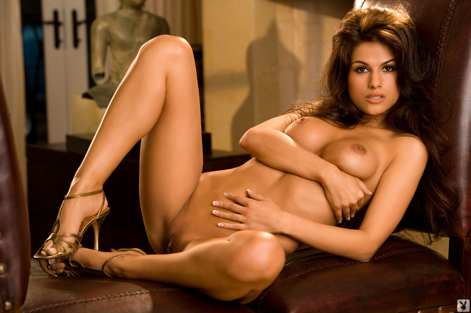nicolle-nude-playboy-pussy-period-videos