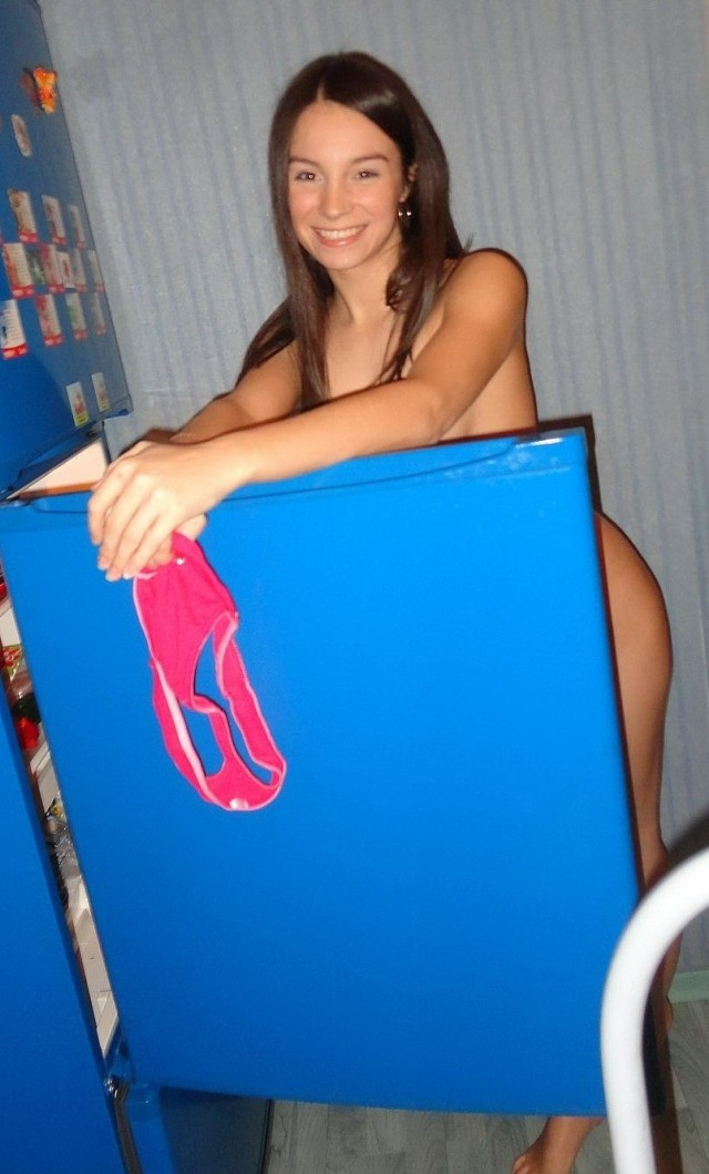 young-nude-amateur-ironing-at-home-teen-54