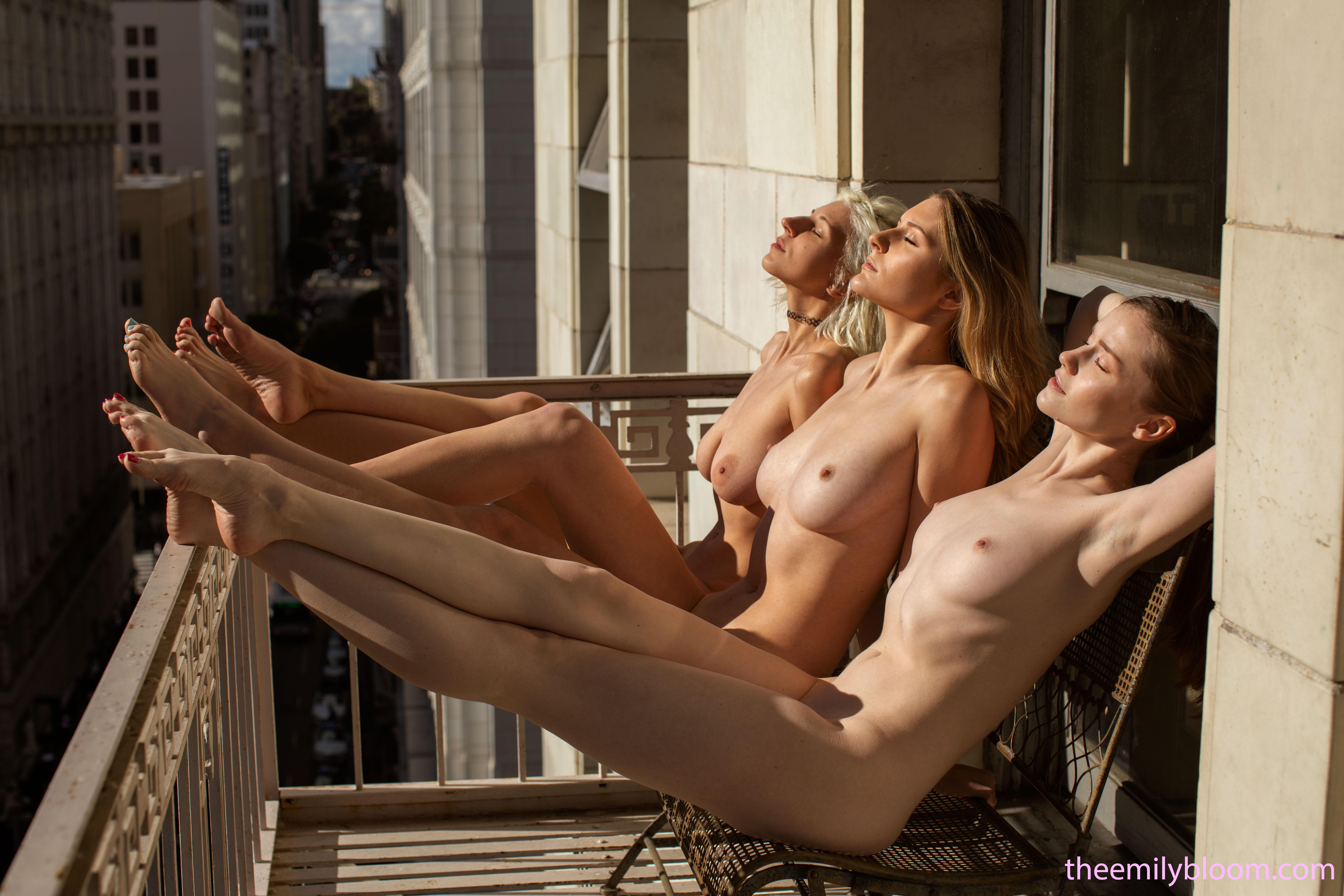 naked-trio-girls-photo-mix-lesbians-vol3-06