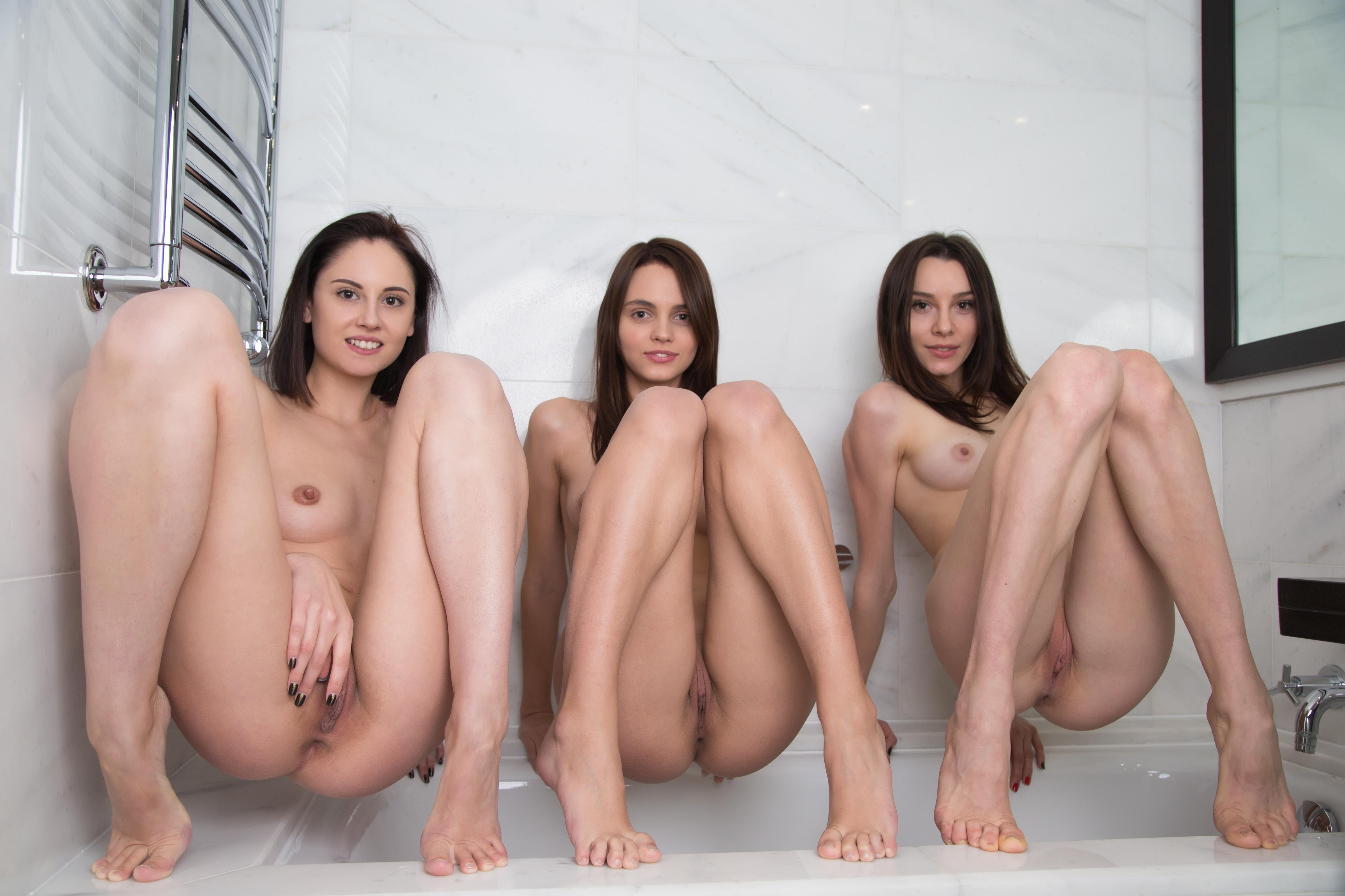 naked-trio-girls-photo-mix-lesbians-vol3-74