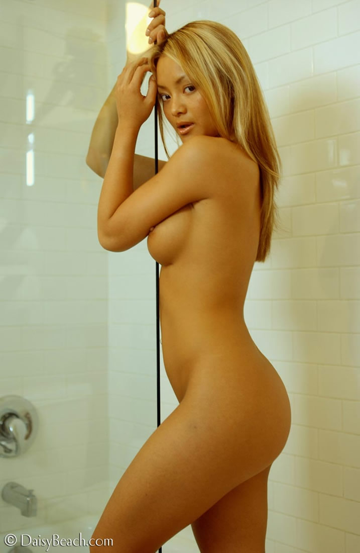 tila-nguyen-shower-nude-austin-i-ally-porno