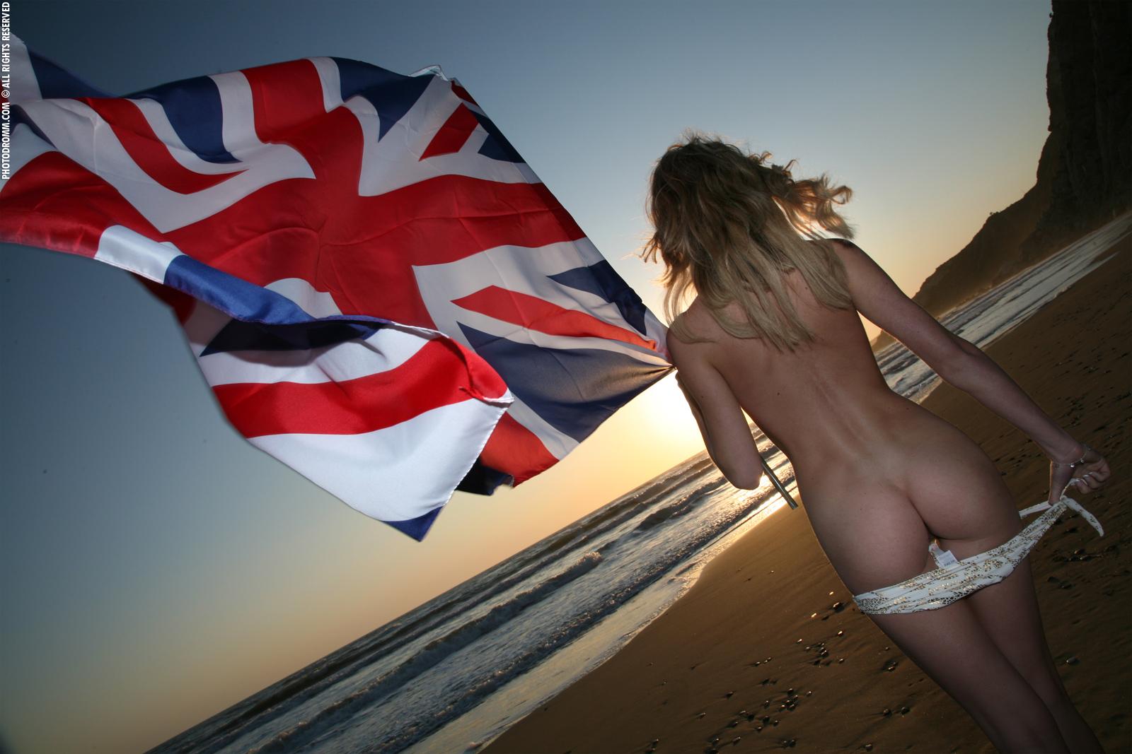 Naked southern flag girls 6