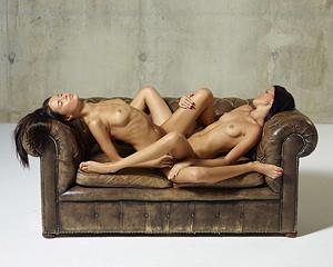 tribbing-lesbian-naked-scissoring-girls-mix