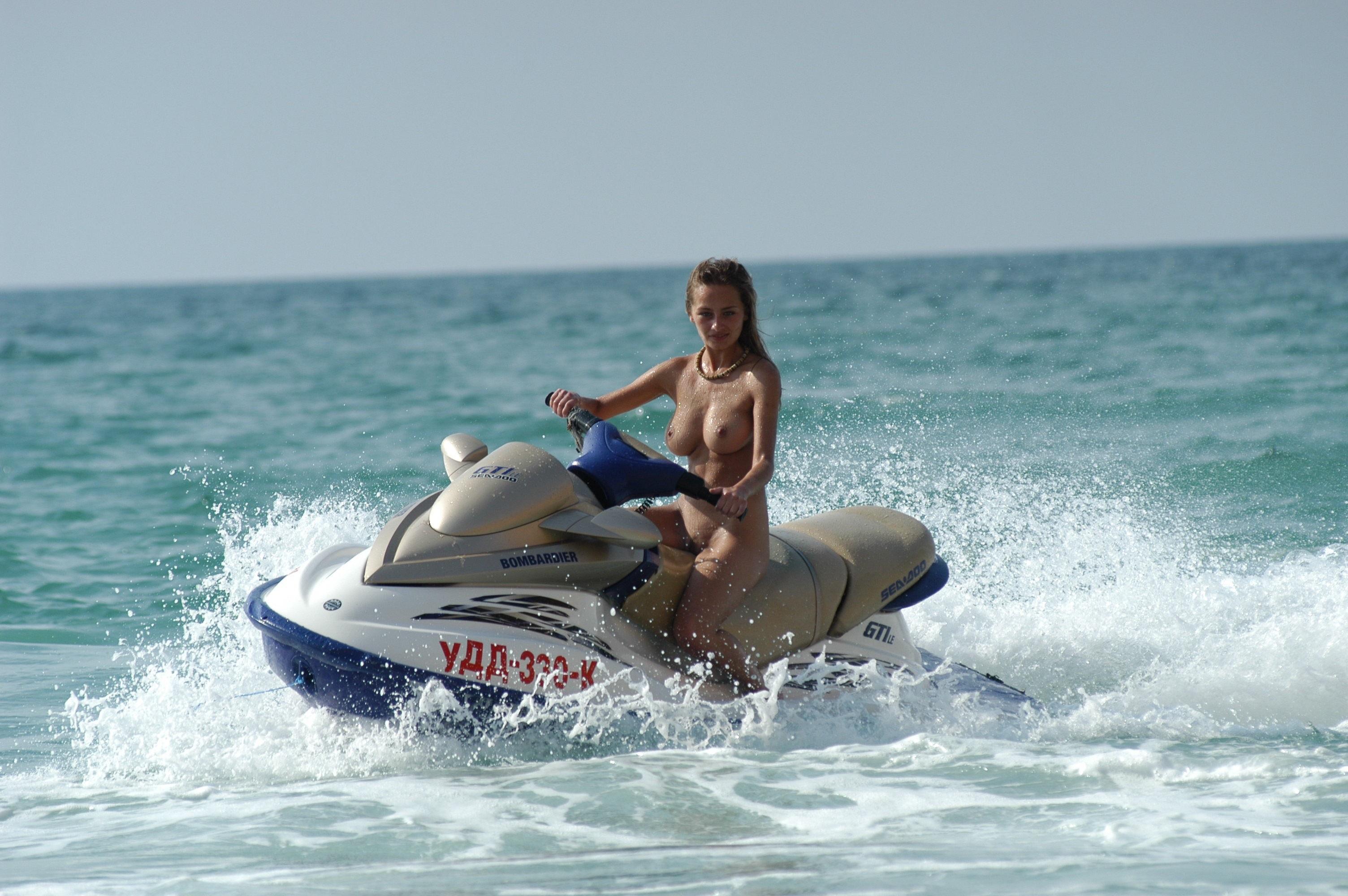 Nude girl jet skies