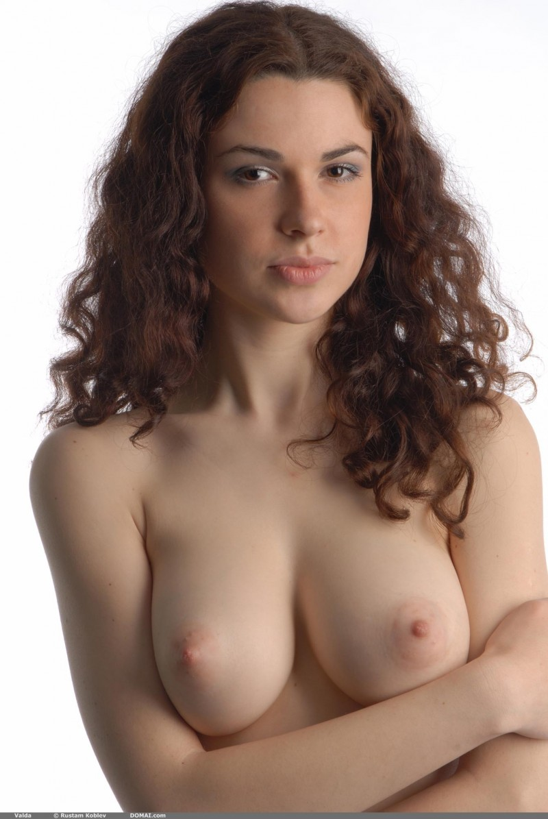 Valda  Beautiful Natural Breasts - Redbust-2661