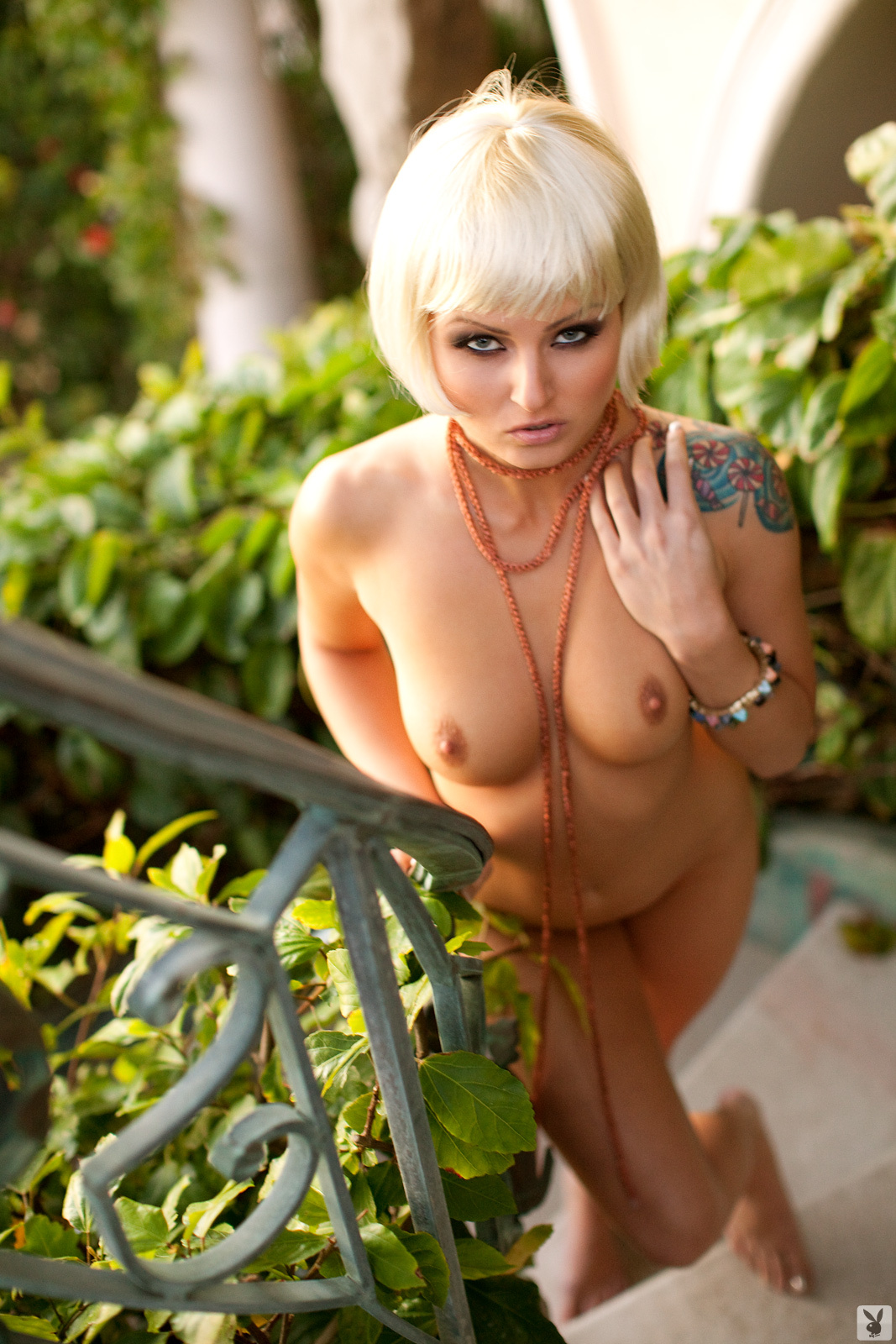 veronica-lavery-blonde-naked-playboy-20