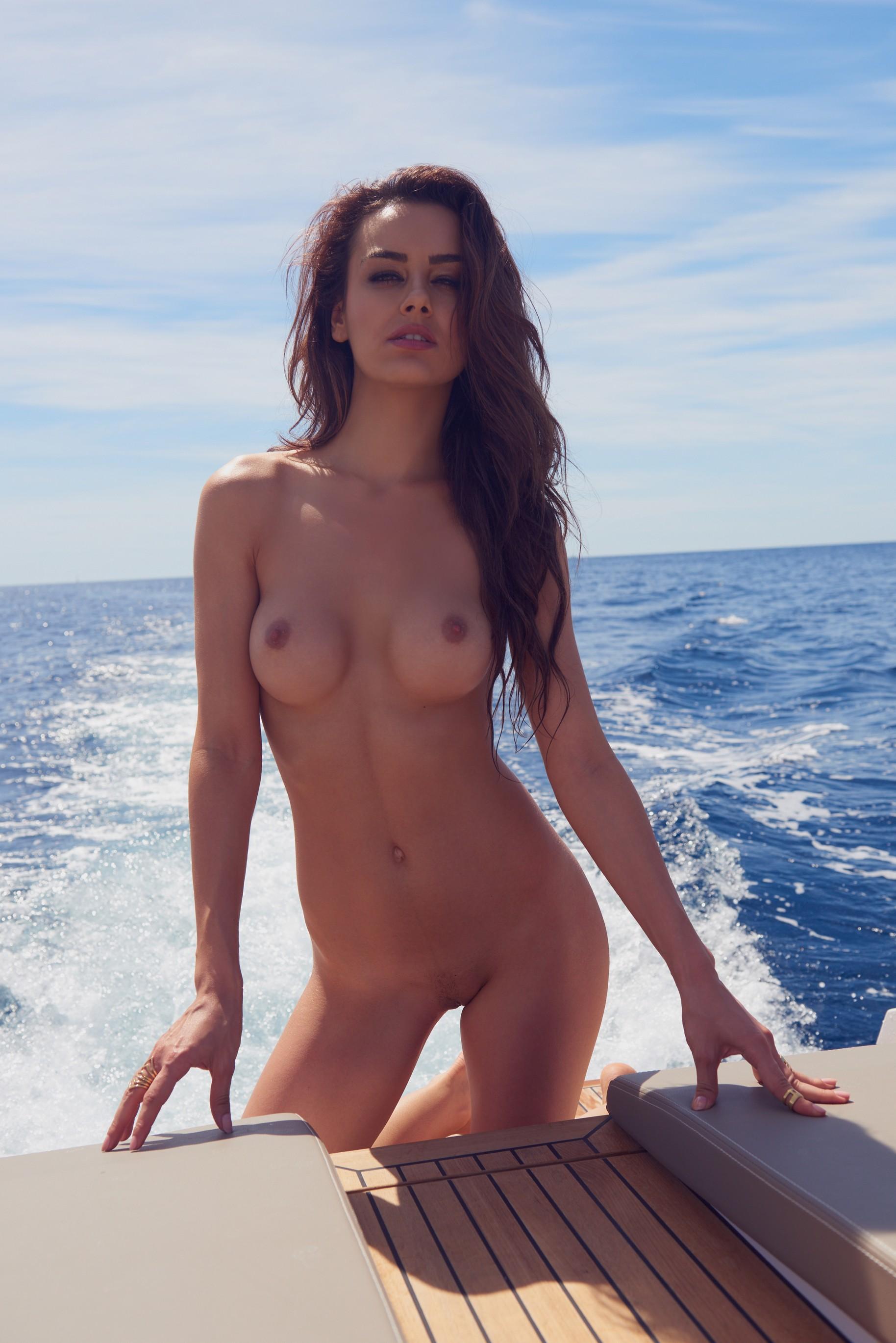 veronika-klimovits-naked-diving-motorboat-seaside-playboy-19