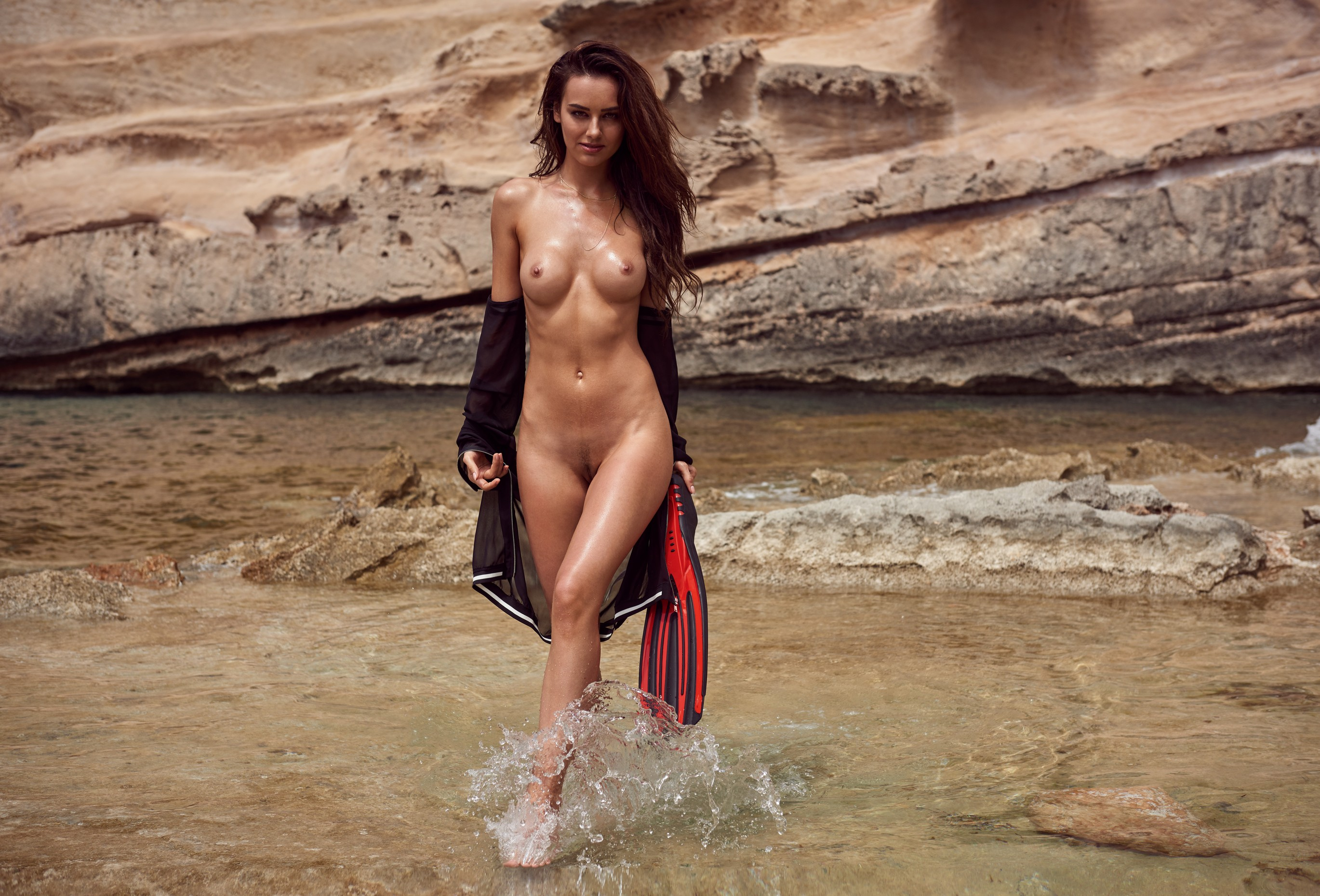 veronika-klimovits-naked-diving-motorboat-seaside-playboy-30