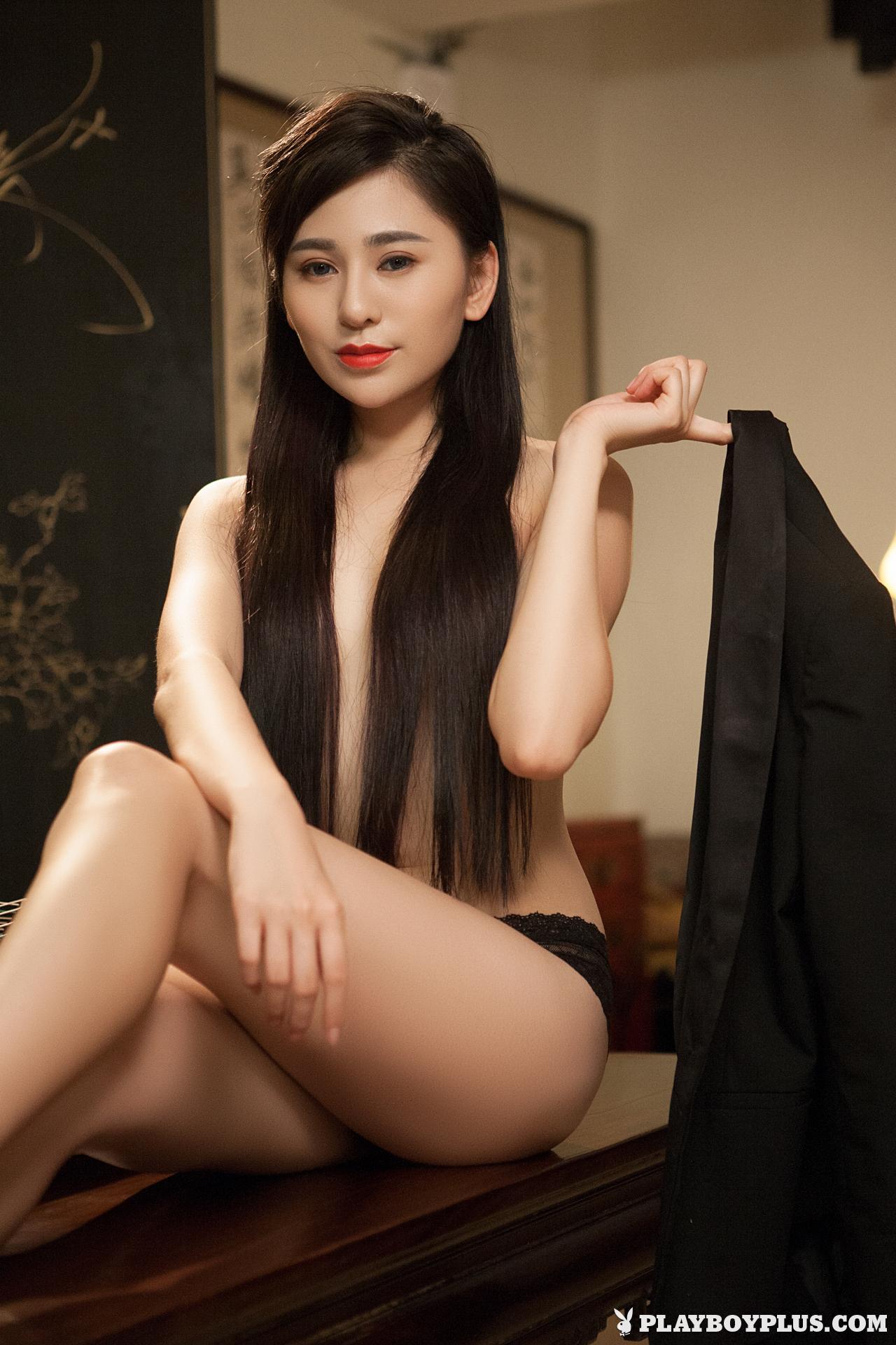 wu-muxi-naked-chinese-black-jacket-playboy-05