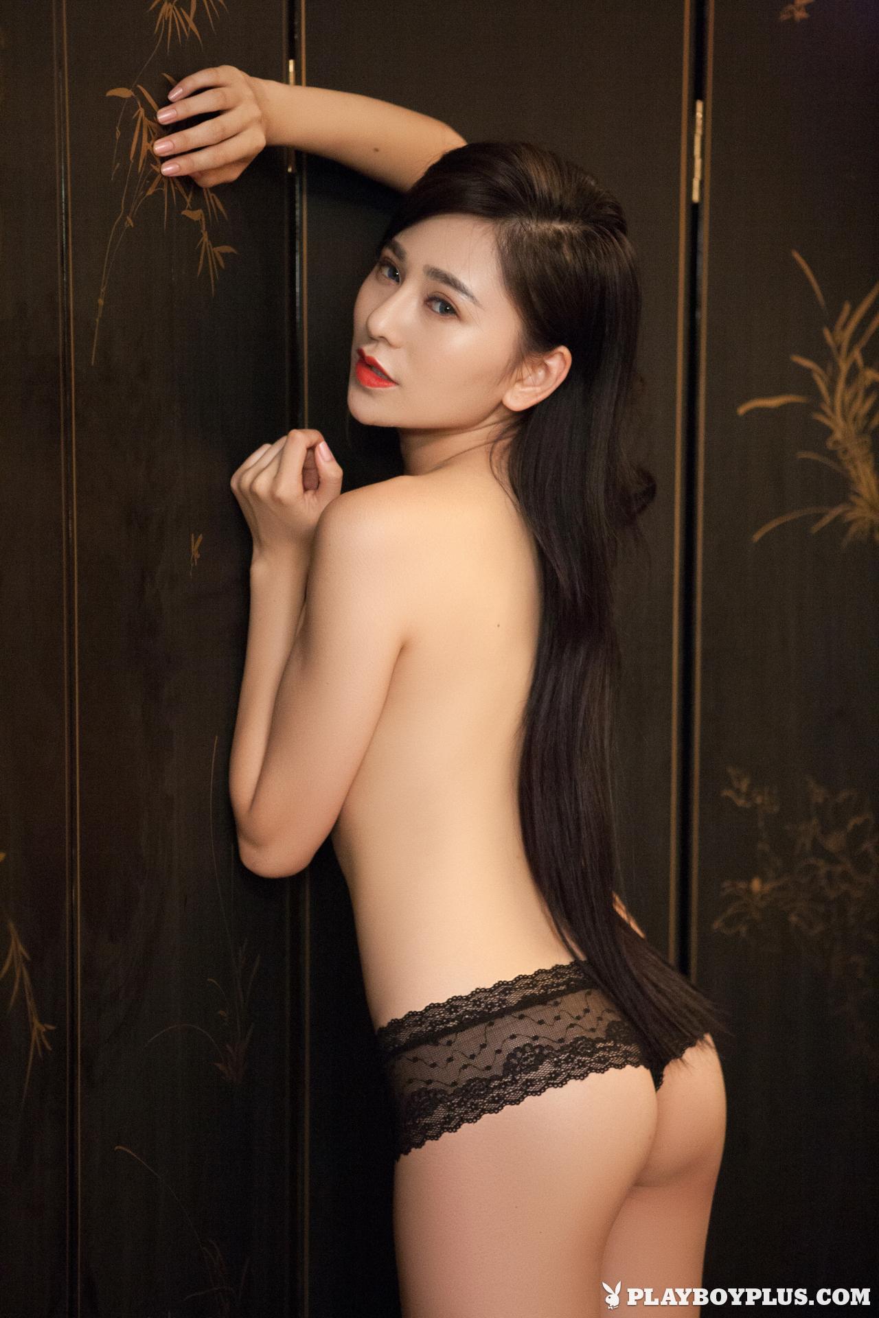 wu-muxi-naked-chinese-black-jacket-playboy-11