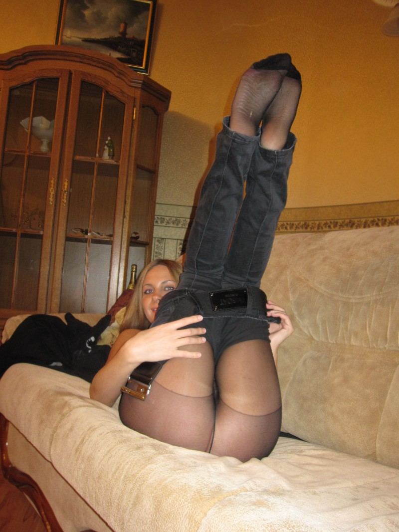pretty woman wearing pantyhose