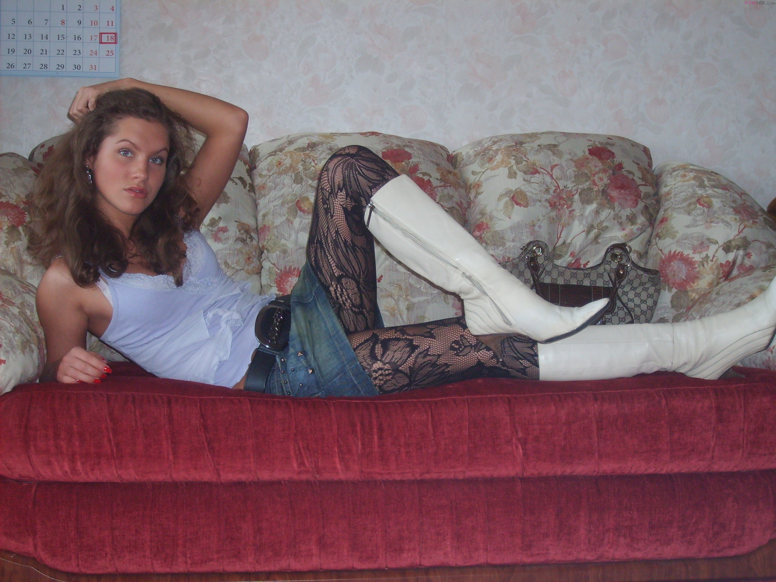 young-nude-amateur-russian-cute-girl-09