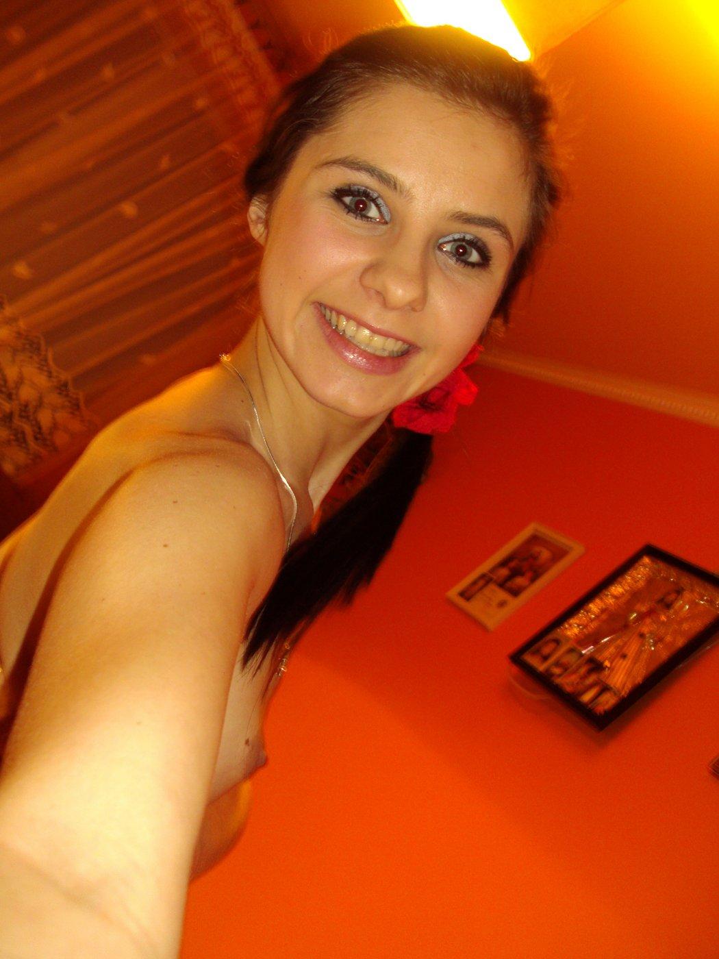 skinny-nude-amateur-young-girl-11