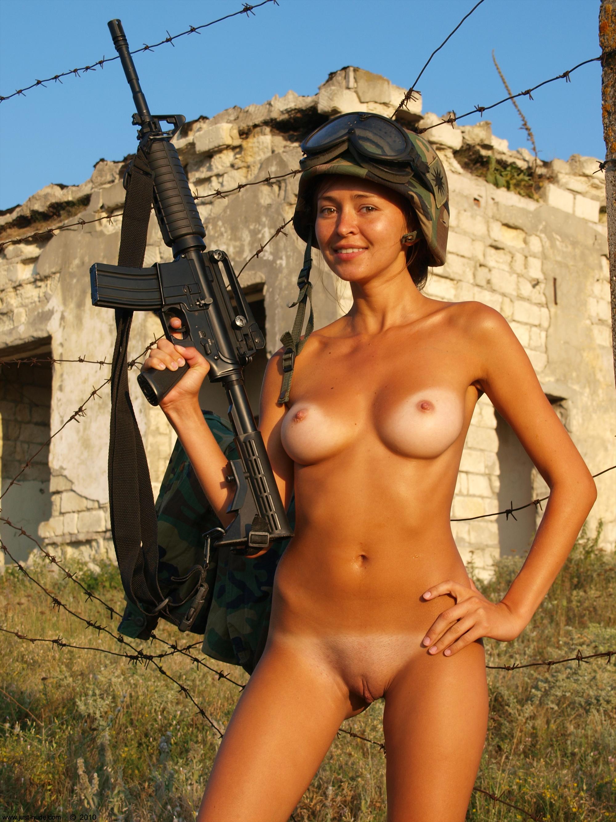 israeli-army-women-nude