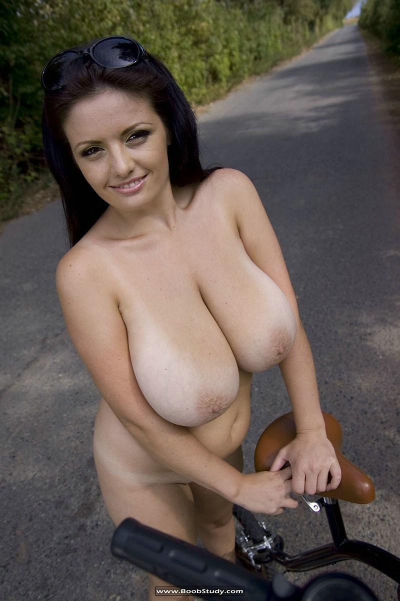 Arianna naked