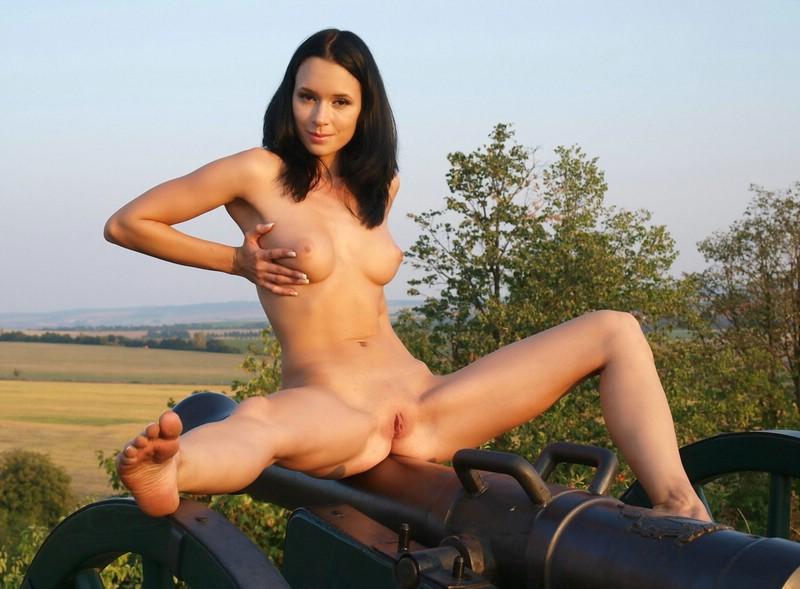 rachel cannon nude