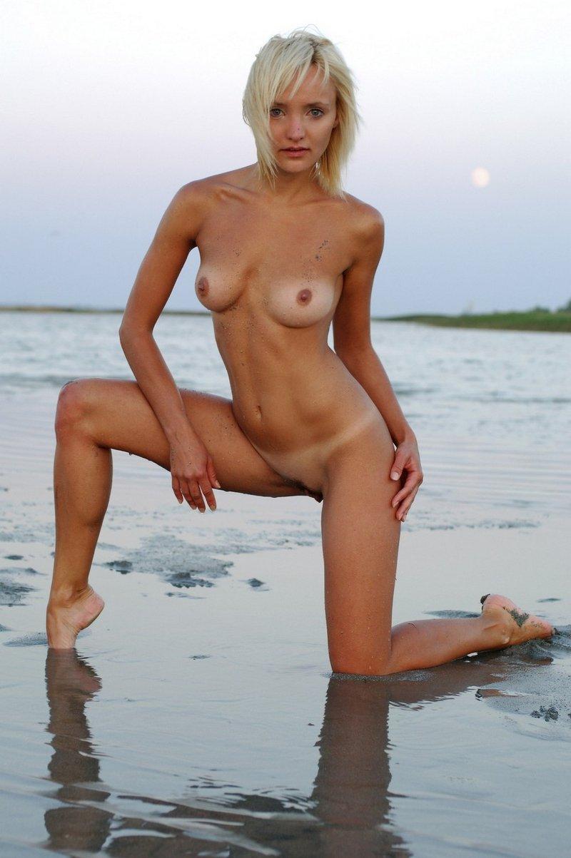 nude beach gymnastics