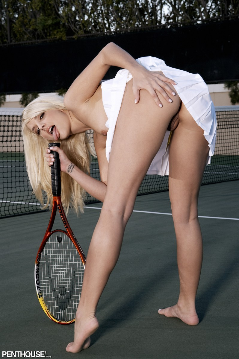 goloy-kristina-porno-video-tennisistok-v-popu