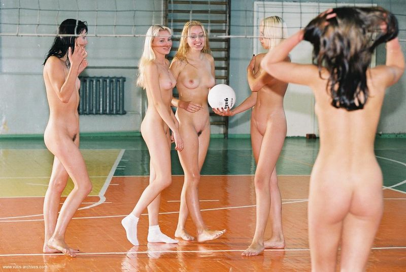 nude volley ball players
