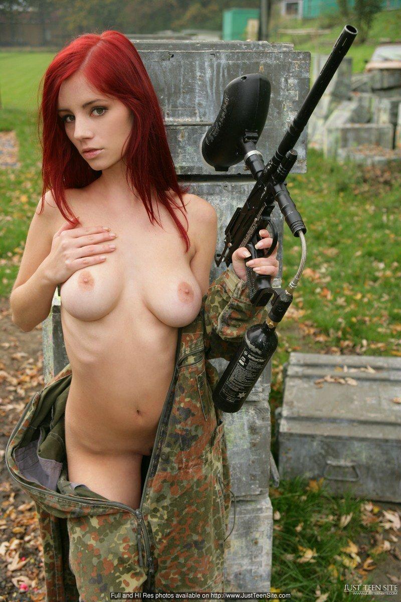 sexy sniper girl nude