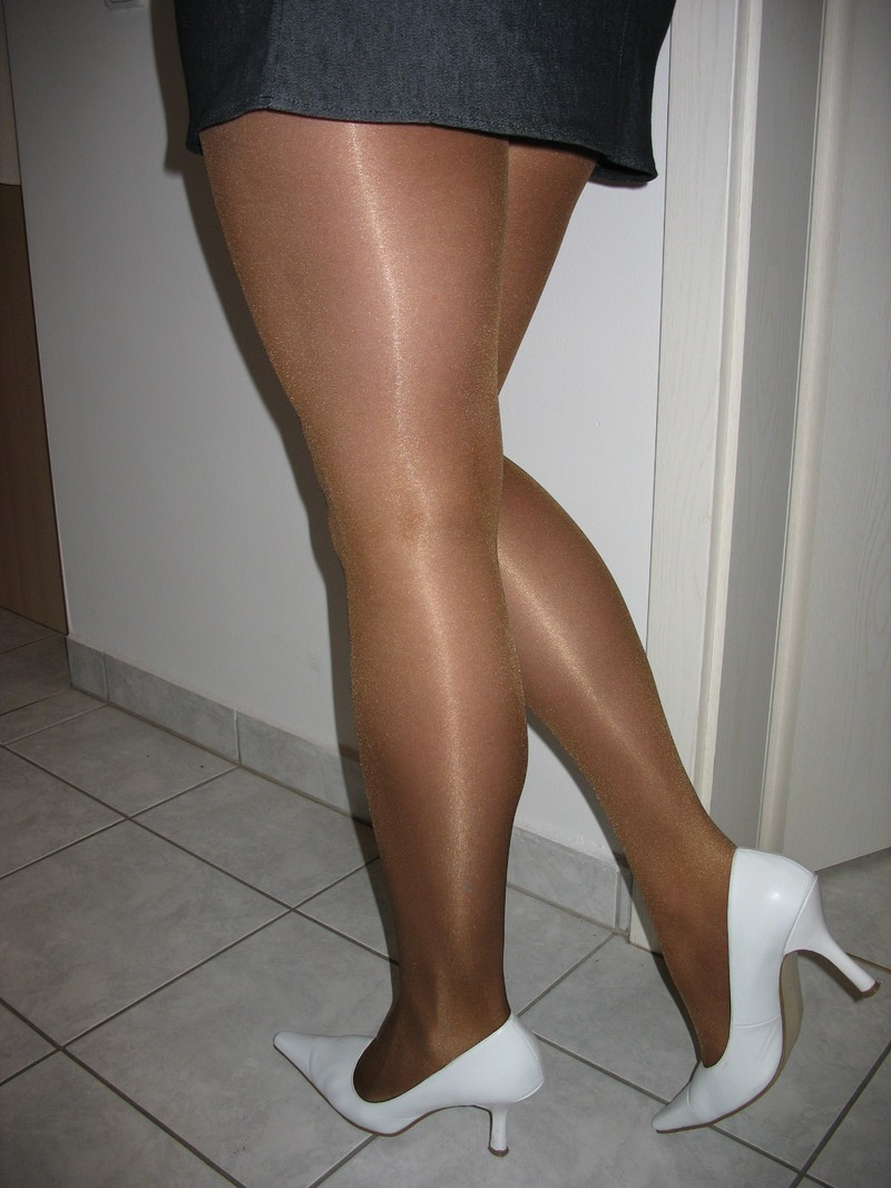 Pantyhose and stockings