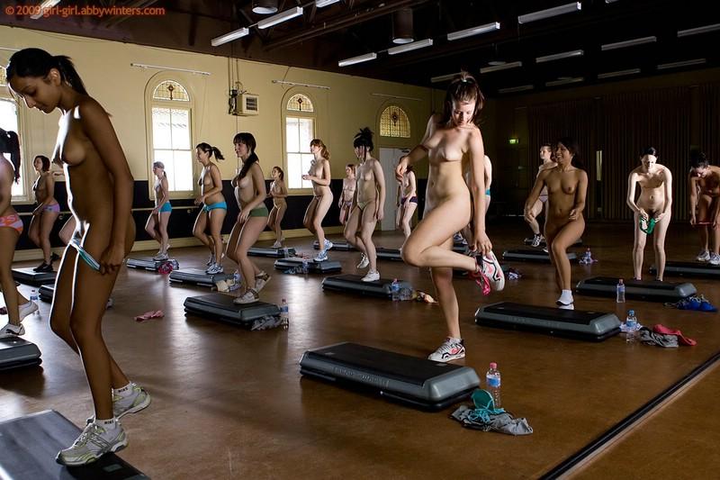 nude-aerobic-instructors